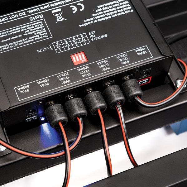 Cable Kits > D\'Addario PW-PWRKIT-20 DIY Solderless Pedalboard Power ...