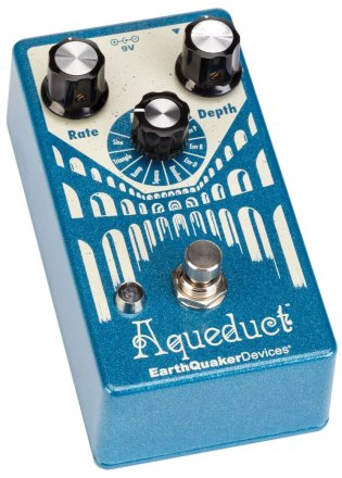 EarthQuaker Devices Aqueduct  Vibrato Effects Pedal
